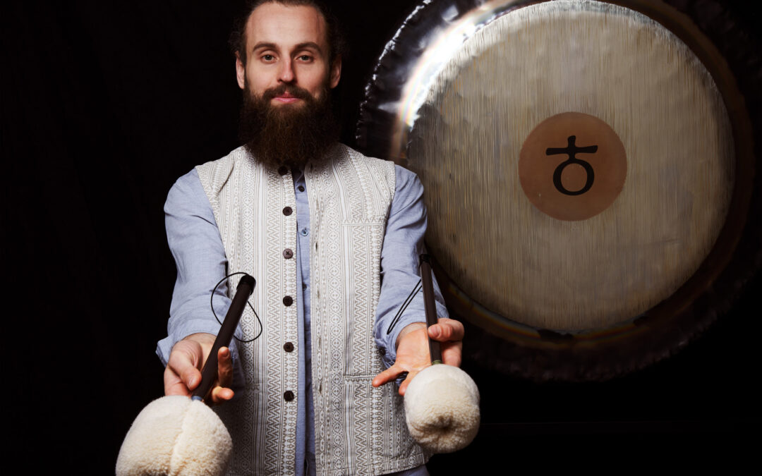 Mateusz Krawiec – Gong & Organic Hatha Flow